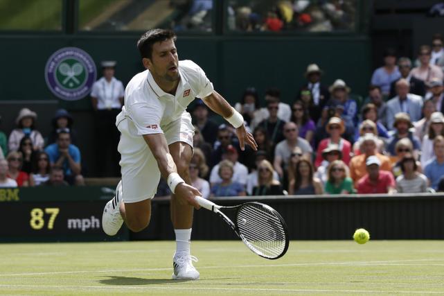Novak Djokovic... (Photo Adrian Dennis, AFP)