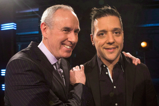 Ron MacLean (à gauche) remplacera George Stroumboulopoulos (à droite)... (Photo Chris Young, archives PC)