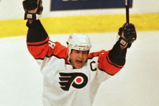 Eric Lindros... (Photo archives AP)
