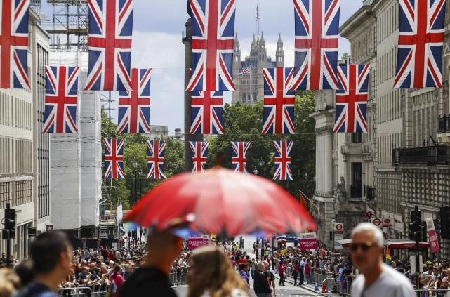 Une pétition réclamant un nouveau référendum a dépassé... (AFP, Odd Andersen)