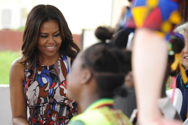 Michelle Obama s'est rendue dans un centre du Corps... (PHOTO REUTERS)