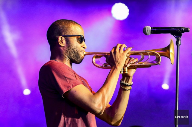 Trombone Shorty and Orleans Avenue  ont su plaire... (Patrick Woodbury, LeDroit)