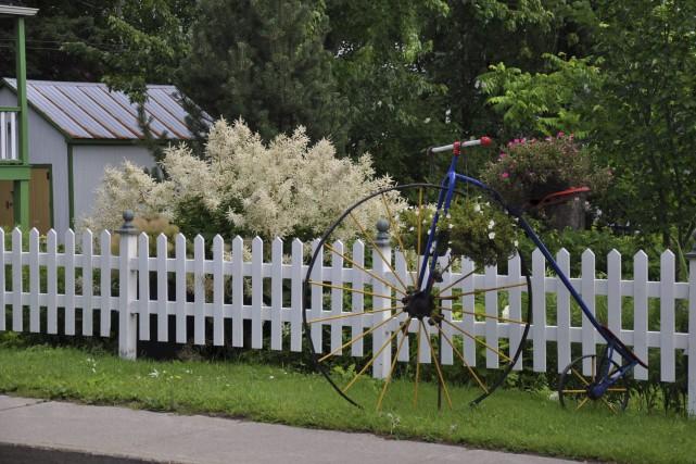 La végétation abondante et les arbres matures font... (Fournie par les Fleurons du Québec)