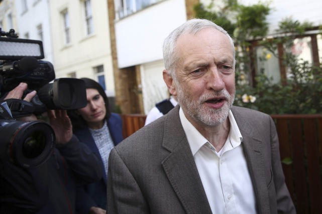 Jeremy Corbyn... (PHOTO Neil Hall, REUTERS)