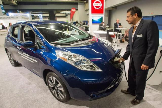 De passage au symposium des voitures électriques de... (PhotoRyan Remiorz, La Presse Canadienne)