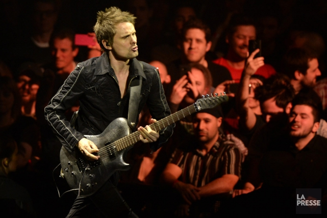 Matthew Bellamy de Muse lors du spectacle du... (PHOTO BERNARD BRAULT, ARCHIVES LA PRESSE)