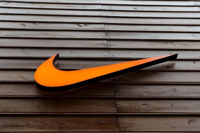 L'équipementier sportif Nike a déçu Wall Street mardi en annonçant des ventes... (PHOTO ARCHIVES REUTERS)