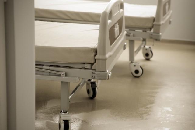 Les lits de crise du Centre de traitement... (123RF/Vladimir Nenov)