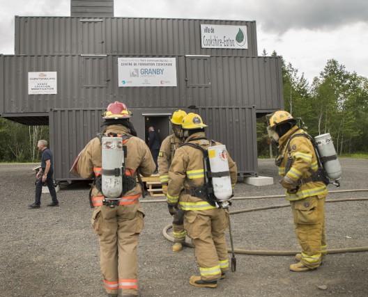 Les pompiers volontaires de l'Estrie peuvent désormais compléter... (Spectre Média, Marie-Lou Béland)