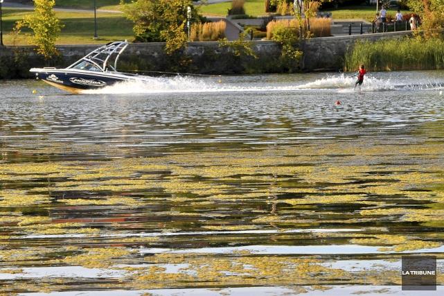 ÉDITORIAL / Les Sherbrookois ne sont pas à la veille de pouvoir se baigner dans... (Archives, La Tribune)