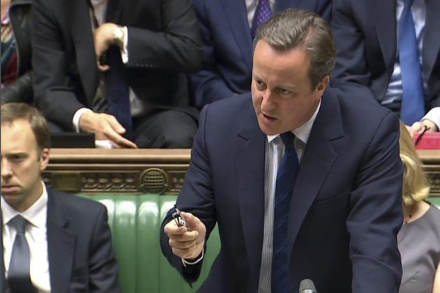 David Cameron a appelé le chef de l'opposition... (PHOTO AFP)