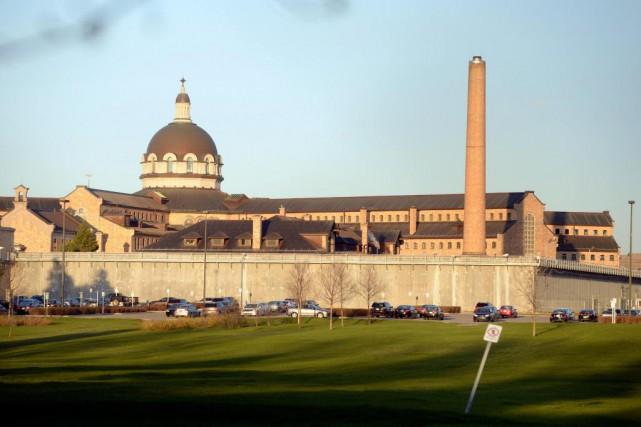 Quelque 1400 détenus se trouvent à la prison... (PHOTO BERNARD BRAULT, Archives LA PRESSE)