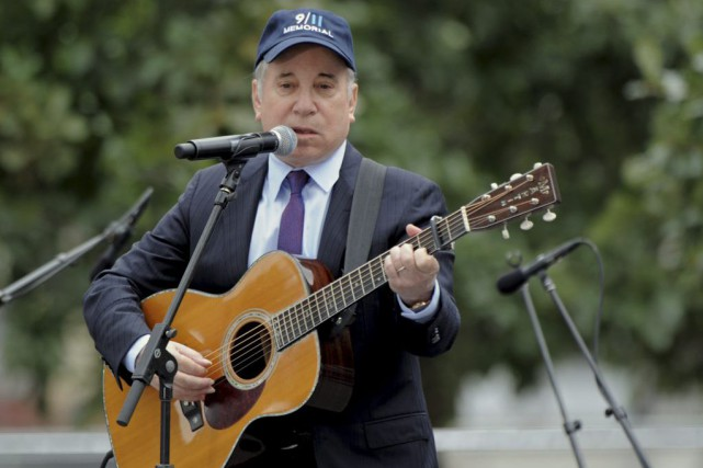 Paul Simon en spectacle en septembre 2011 lors... (PHOTO ARCHIVES AFP)
