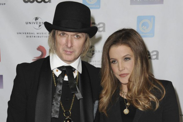 Michael Lockwood et Lisa Marie Presley aux NARM... (Archives Associated Press)