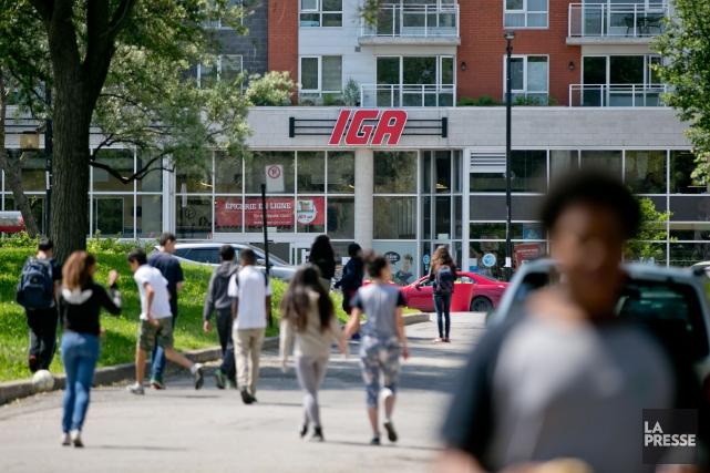 Sobeys exploite un réseau d'environ 1500magasins au Canada... (Photo David Boily, archives La Presse)