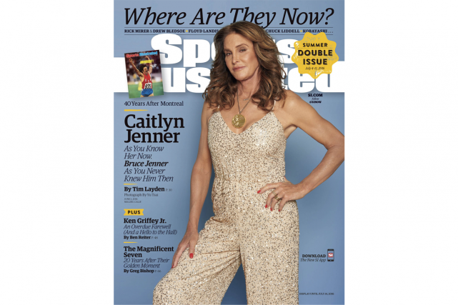 Caitlyn Jenner en une du Sports Illustrated avec sa médaille d'or... (IMAGE FOURNIE PAR SPORTS ILLUSTRATED)