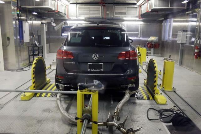 Un Volkswagen Touareg diesel durant un test de...