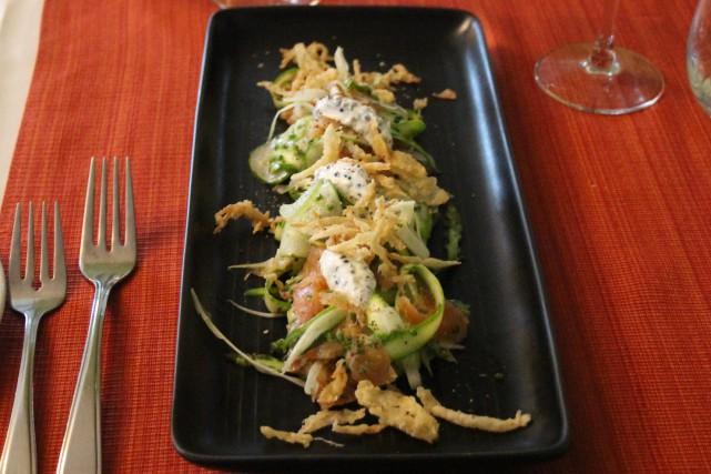 Salade de gravlax avec asperges du Maraîcher du... (Mélissa Bradette)