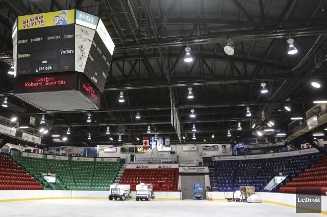 Le «Vieux Bob» demeure officiellement le domicile des Olympiques de Gatineau... (Patrick Woodbury, archives LeDroit)
