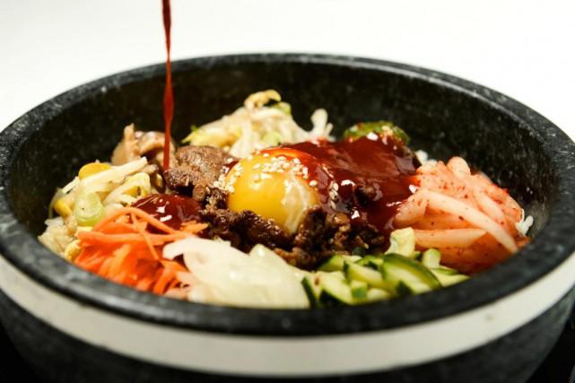Très populaire chez les Coréens, le bibimbap est... (PHOTO BERNARD BRAULT, LA PRESSE)