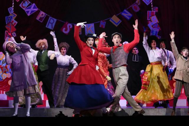 La comédie musicale Mary Poppins est présentée par... (Photo Robert Skinner, Archives La Presse)