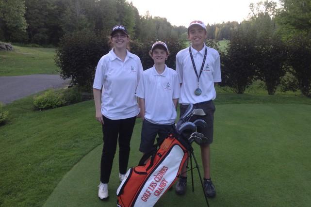 Trois membres de l'équipe élite du club de... (fournie par le club de golf Les Cèdres)
