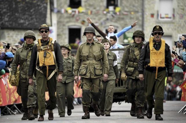 Une cérémonie en mémoire des hommes qui ont... (Lionel Bonaventure, AFP)