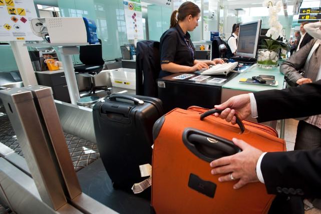 Ces retards interviennent alors que l'Espagne, troisième destination... (Photo archives Bloomberg)