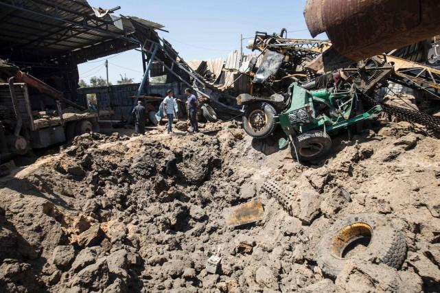 Ces attaques à Gaza (photo) ont poussé l'armée... (AFP, MAHMUD HAMS)