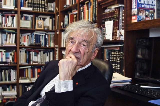 Elie Wiesel... (Photo archives AP)