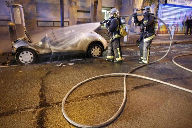 Les pompiers savent qu'il est «extrêmement difficile» de... (Photo Mathieu Alexandre, archives Agence France-Presse)