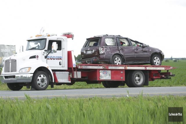 Selon des témoins qui roulaient sur l'autoroute peu... (Catherine Trudeau, La Voix de l'Est)