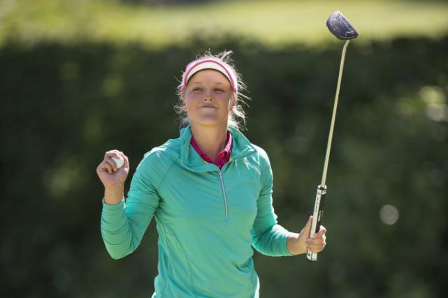 Brooke Henderson a poursuivi sur sa lancée à... (Troy Wayrynen, Associated Press)