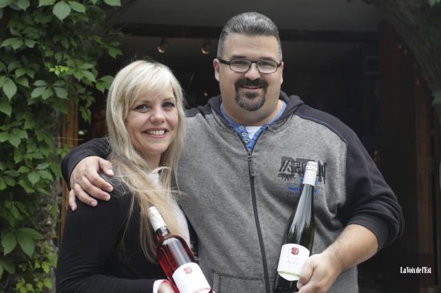 S'initiant à la Route des vins, Fanny et... (Catherine Trudeau, La Voix de l'Est)