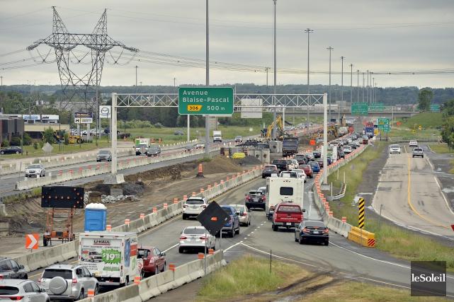 Les travaux lancés sur l'autoroute 40 entre Henri-IV... (Le Soleil, Pascal Ratthé)