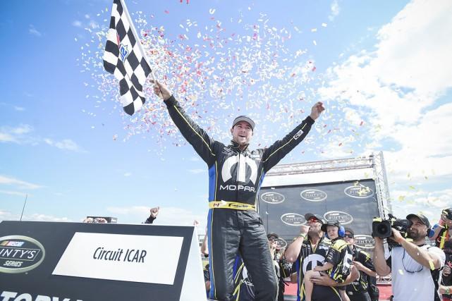 En triomphant à Mirabel, Andrew Ranger a repris... (Matt Manor, NASCAR)