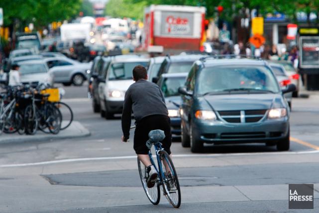 L'État du vélo à Montréal, réalisé par Vélo... (PHOTO MARTIN CHAMBERLAND, ACRHIVES LA PRESSE)