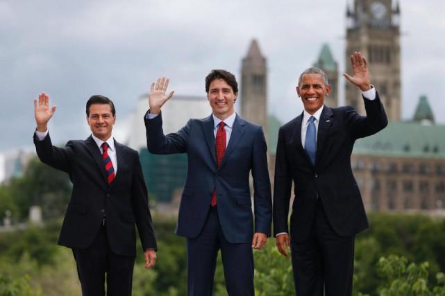 Le président mexicainEnrique Peña Nieto, le premier ministre... (ARCHIVES AFP)