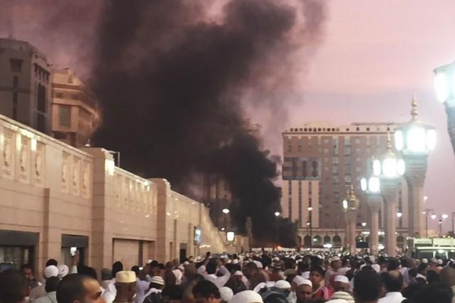 Une attaque s'est produite devant la Mosquée du... (AP)