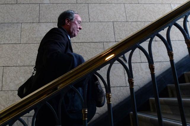 Le sénateur libéral Jim Munson affirme qu'il faut... (PHOTO Sean Kilpatrick, archives PC)