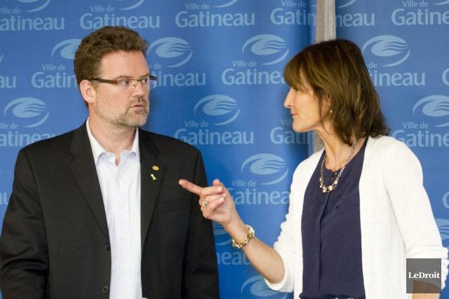 Le maire de Gatineau Maxime Pedeneaud-Jobin et la... (Martin Roy, LeDroit)
