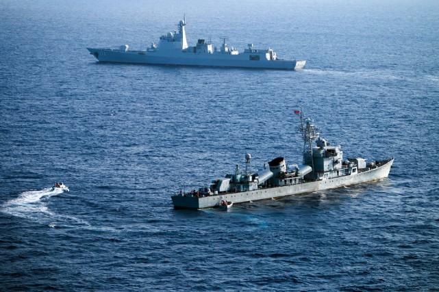 Pékin a entamé mardi des exercices militaires maritimes... (Photo archives AFP)