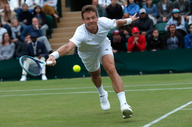 Tomas Berdych... (Photo Ben Curtis, AP)