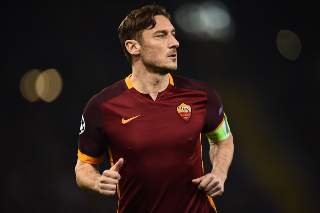 L'attaquant italien de l'AS Roma, Francesco Totti.... (Photo Filippo Monteforte, AFP)