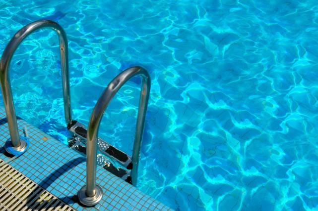 La piscine Saint-Laurent, à Jonquière, sera bientôt démantelée. Le comité... (Photo 123RF)