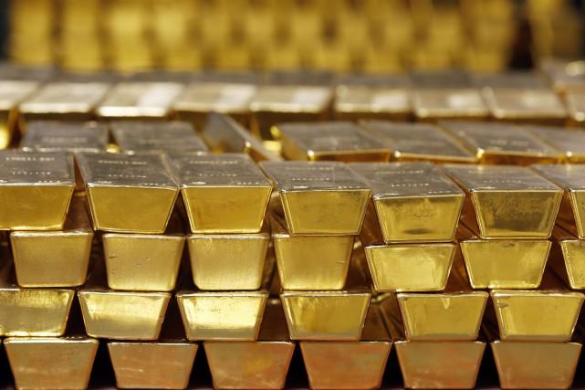 L'or a progressé sur la semaine, les investisseurs reprenant goût au métal... (Photo archives AP)