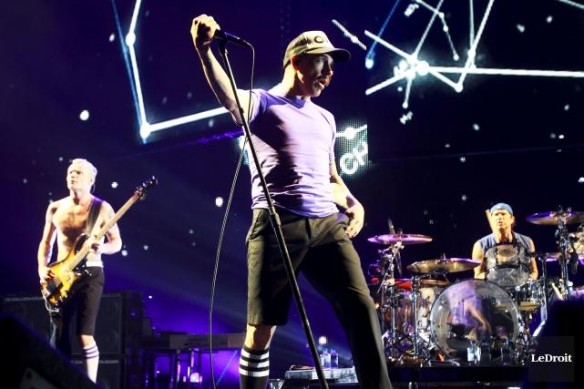 Les Red Hot Chili Peppers seront au Festival... (Archives Le Droit, Patrick Woodbury)