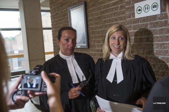 Les procureurs aux poursuites criminelles Me Caroline Meilleur... (Archives La Tribune)