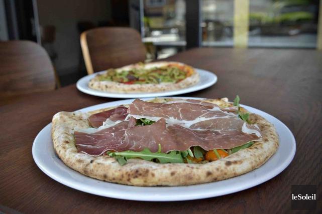 Pizzéria no 900 offre des saveurs franches, de... (Le Soleil, Pascal Ratthé)