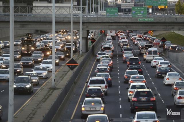 Alors qu'Ottawa étudie des scénarios d'investissements dans les infrastructures... (Archives La Presse)